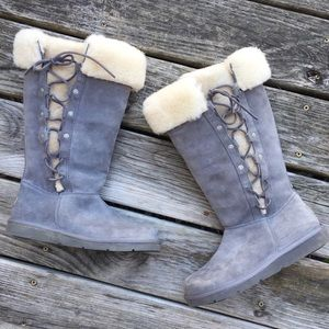 Ugg Tall Lace Up Gray Boots size 7 Shearling lined